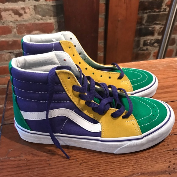 f5f98feedd LIMITED EDITION 2018 MARDI GRAS VANS